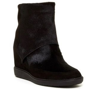 Vince Holly Genuine Dyed Calf Fur Bootie Size 5.5
